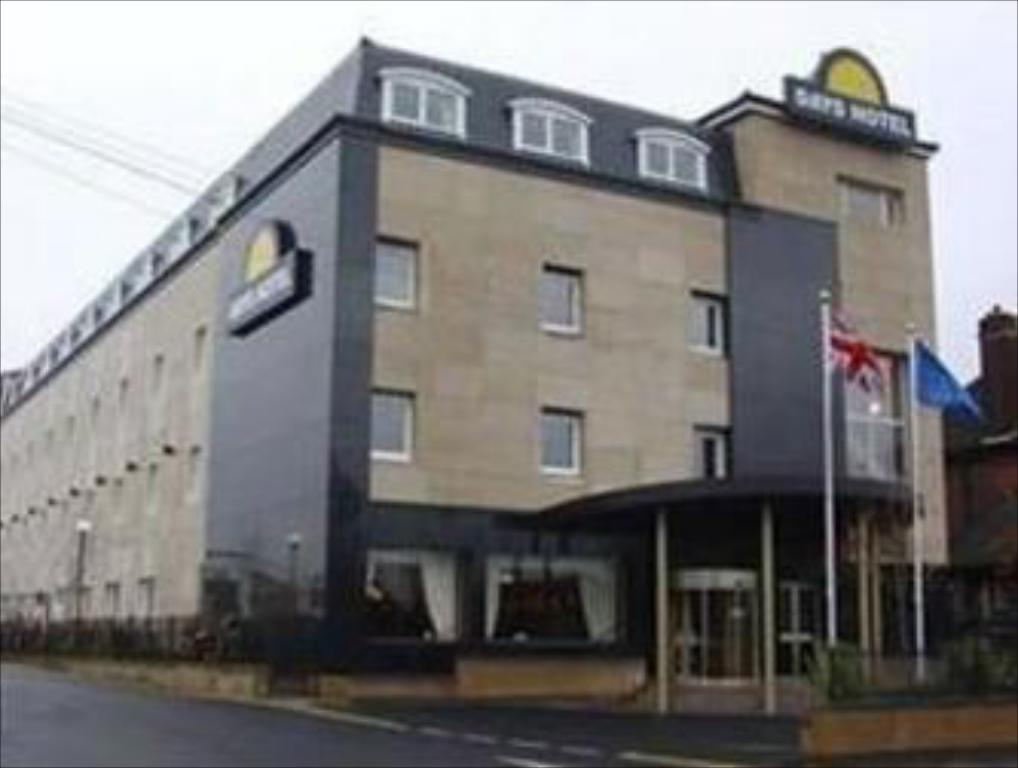 More About Ramada London Ruislip