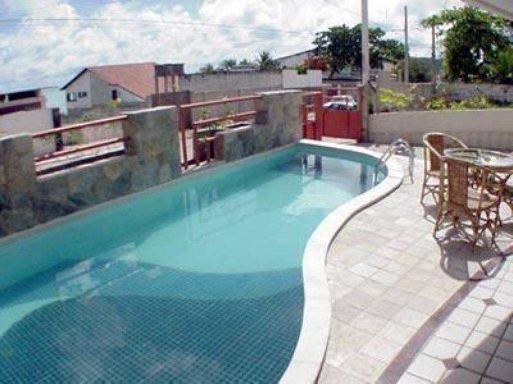 Swimming pool Marambaia Apart Hotel
