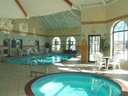 Swimming pool Best Western Plus Executive Inn
