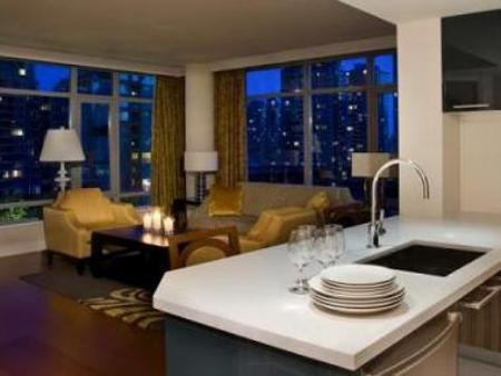Signature One Bedroom Suite with Kitchen L'Hermitage Hotel