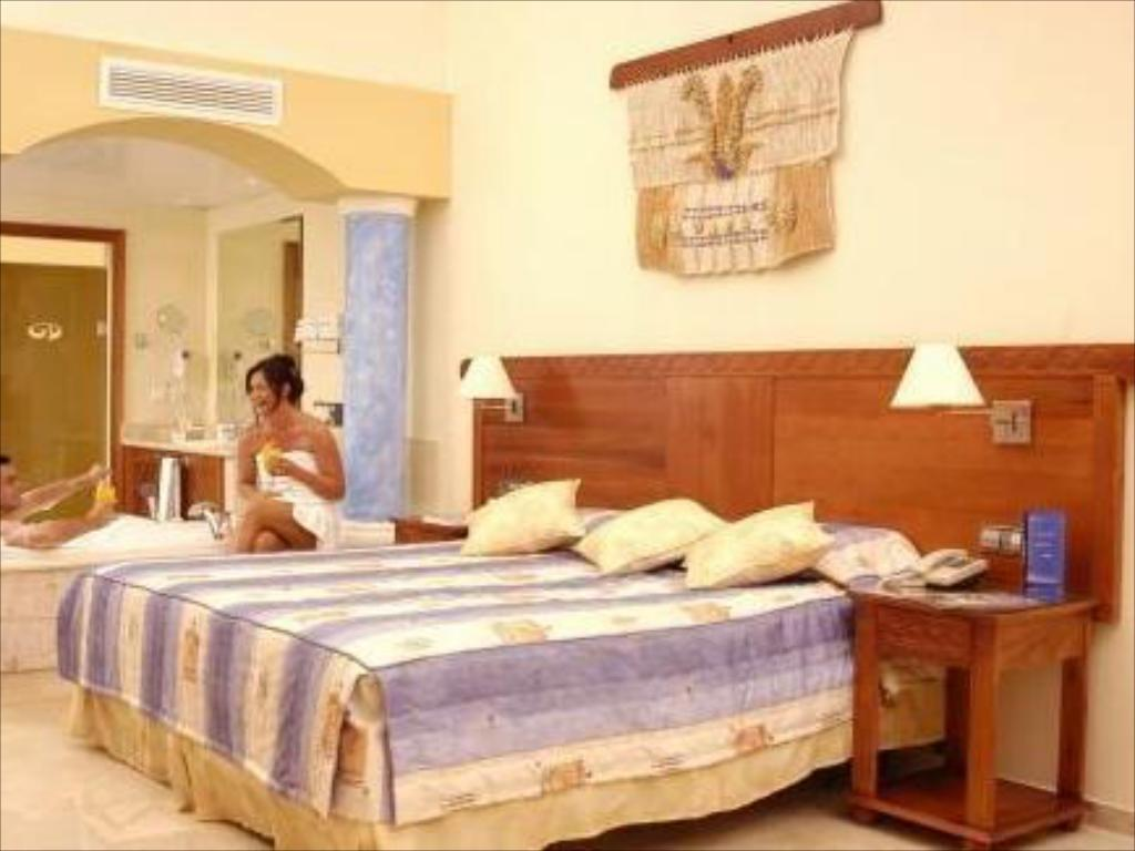 Bed THE ROYAL SUITES TURQUESA BY PALLADIUM - ADULTS ONLY - ALL INCLUSIVE