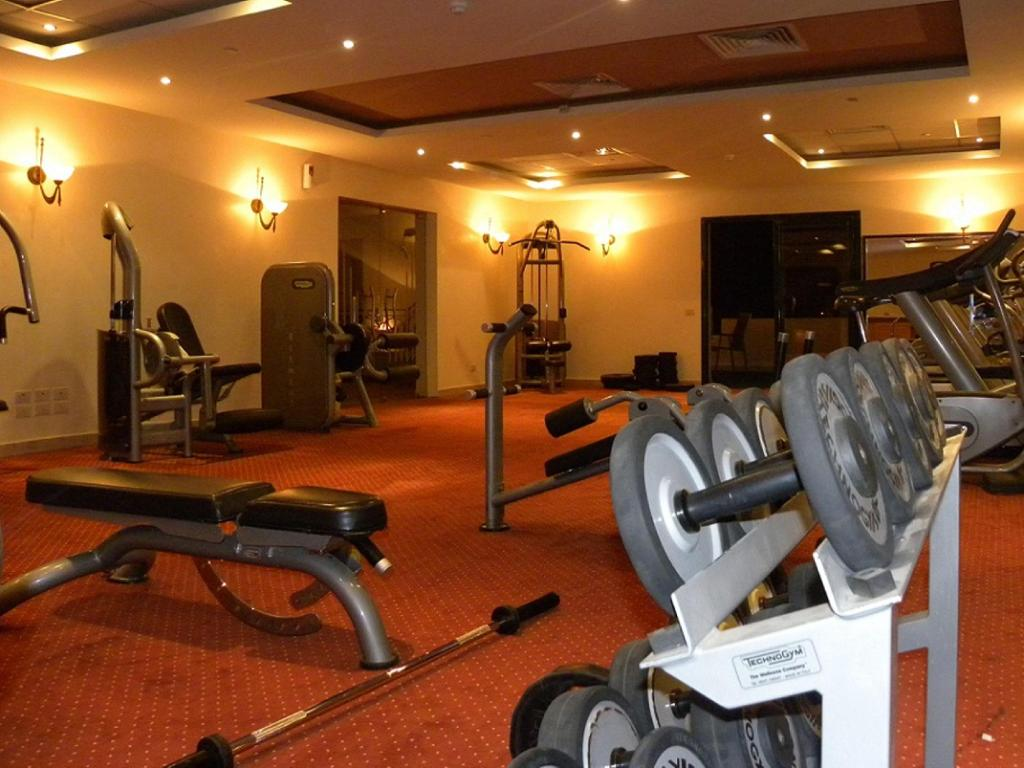 fitness centrum Swiss Inn Pyramids Golf Resort