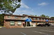 Canadas Best Value Inn - Richmond Hill, ON