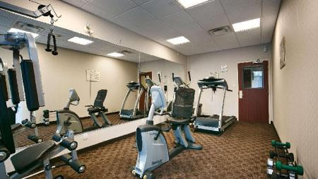 Fitness center Best Western Plus Travel Hotel Toronto Airport