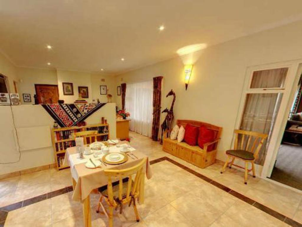 Vista Interior Fourways Guesthouse