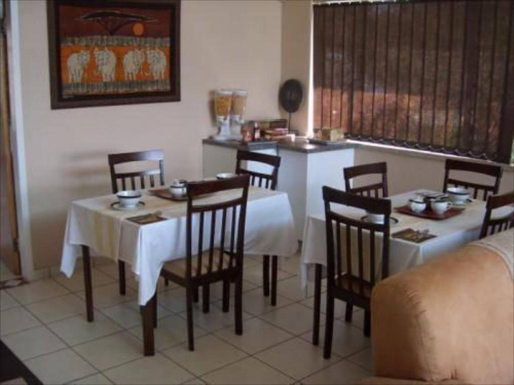 Bar Gold Reef Place Guest House