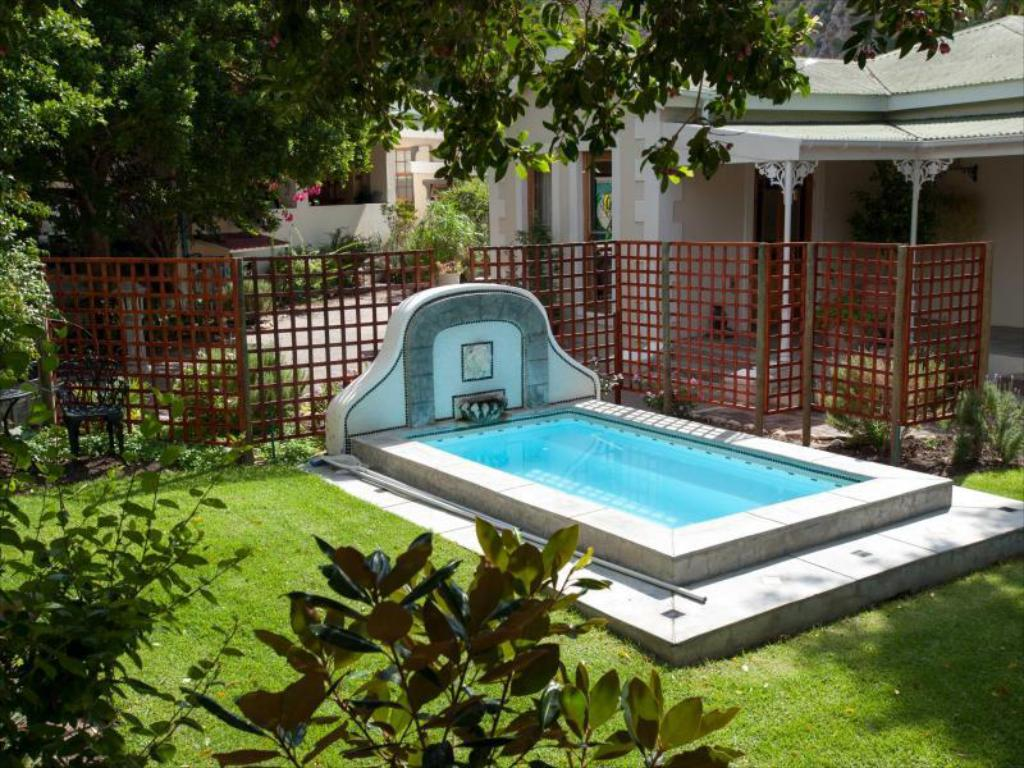 Swimming pool [outdoor] Montagu Vines Guesthouse