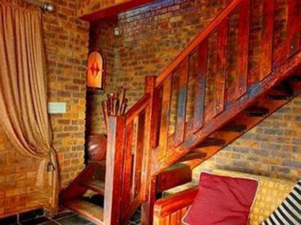 Interior view Aloe Guesthouse Pretoria