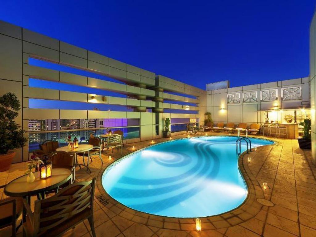 Swimming pool [outdoor] Al Manzel Hotel Apartments