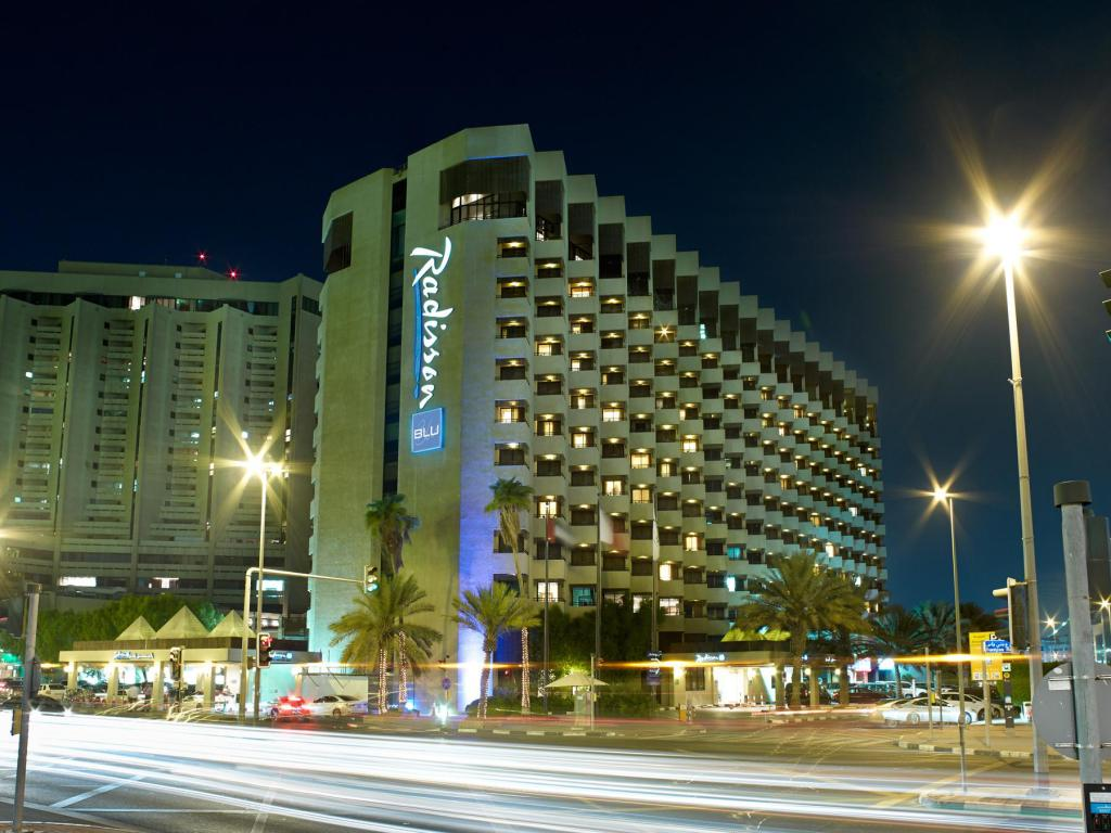 Best Price on Radisson Blu Hotel Dubai Deira Creek in Dubai + Reviews