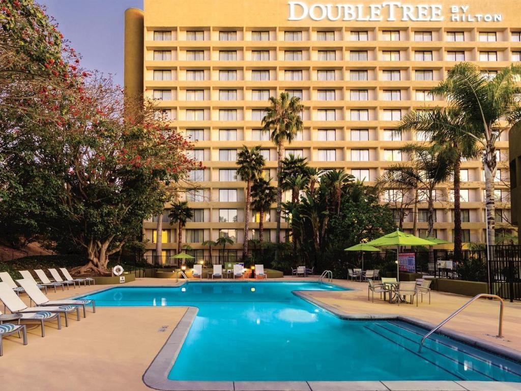 Повече за DoubleTree by Hilton Los Angeles Westside Hotel