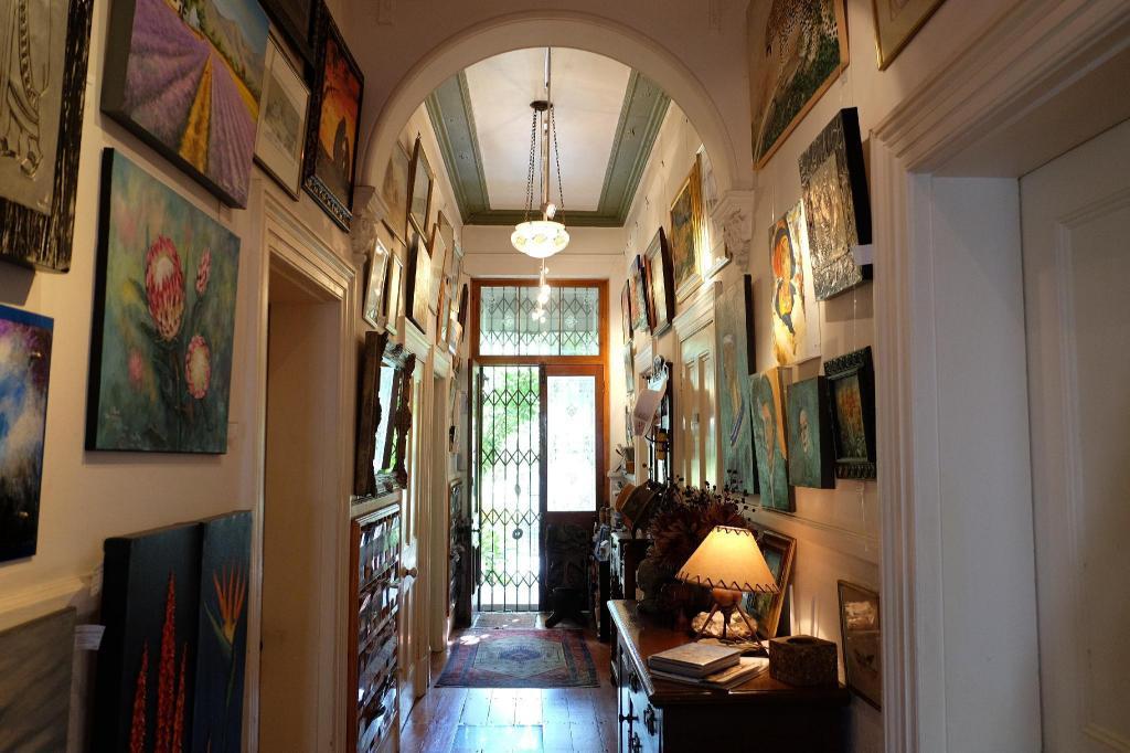 Surprising Jambo Guest House Kapstadt Ab 63 Agoda Com Interior Design Ideas Inesswwsoteloinfo