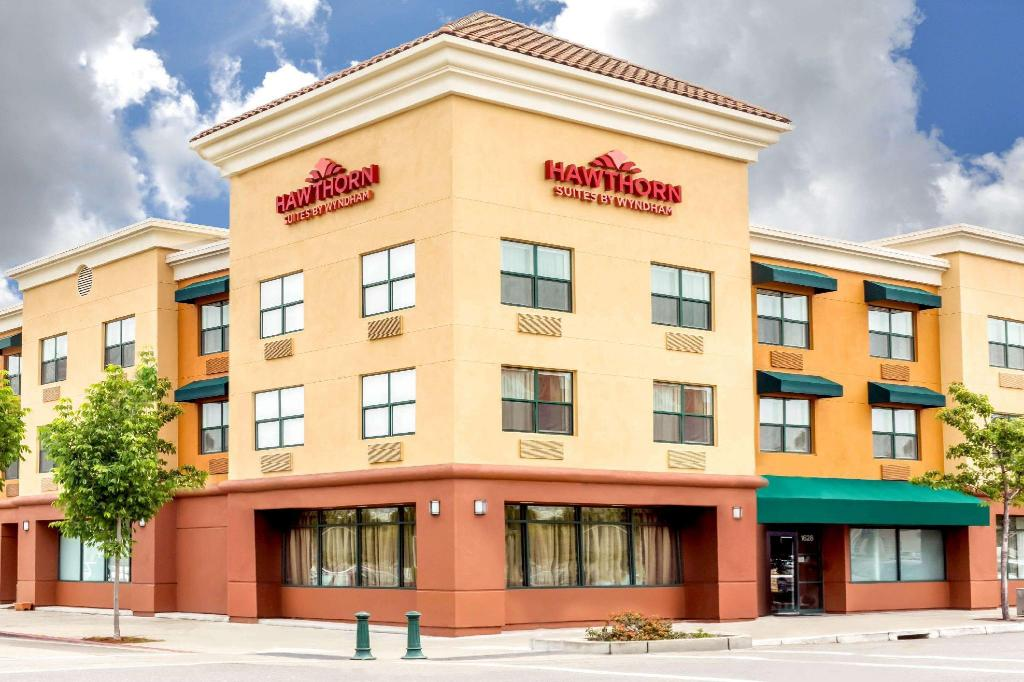 Hawthorn Suites By Wyndham Oakland