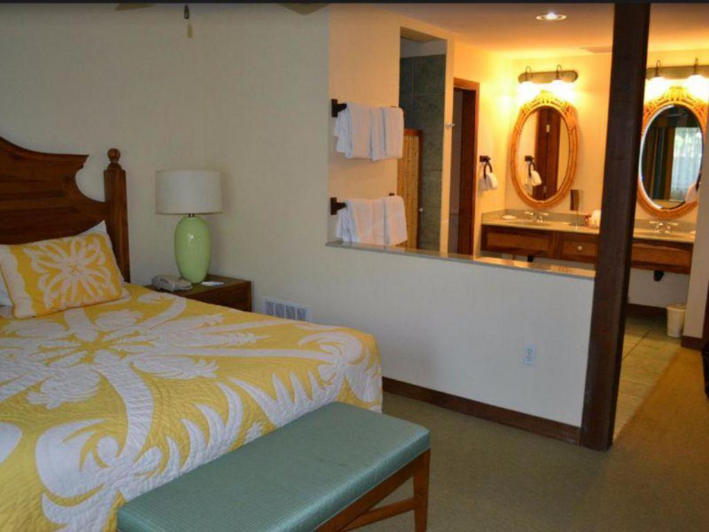 2 Bedroom Bungalow - Guestroom Wyndham Kona Hawaiian Resort