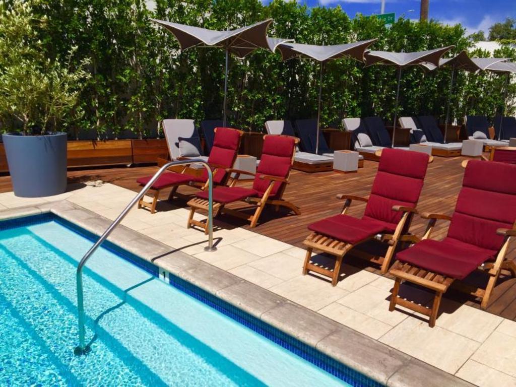 Mr c beverly hills hotel in los angeles ca room deals - Jubilee hills international swimming pool ...