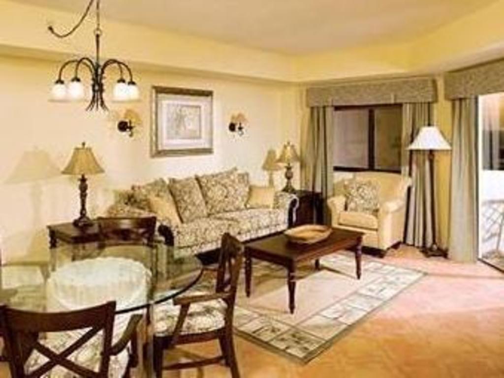 Wyndham sea gardens in fort lauderdale fl room deals photos reviews for 2 bedroom hotels in fort lauderdale fl