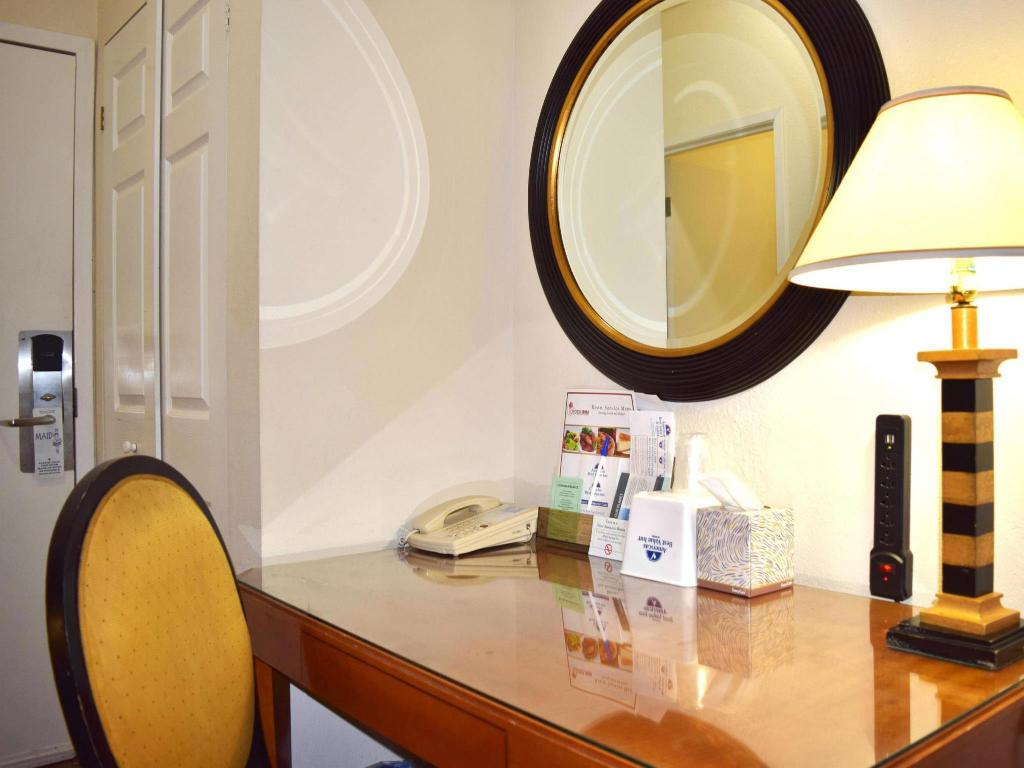 Unterkunft von innen Americas Best Value Inn & Suites - San Francisco, CA