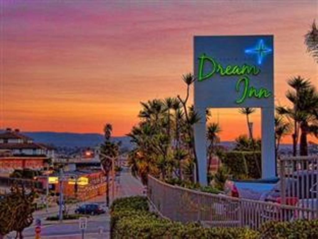 More About Dream Inn Santa Cruz