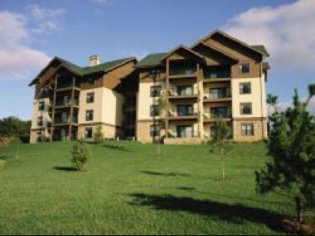 Wyndham Smoky Mountains in Pigeon Forge TN  Room Deals