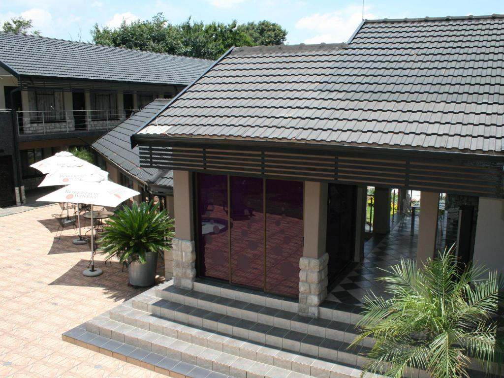 Africa Centre OR Tambo Airport Leisure Hotel