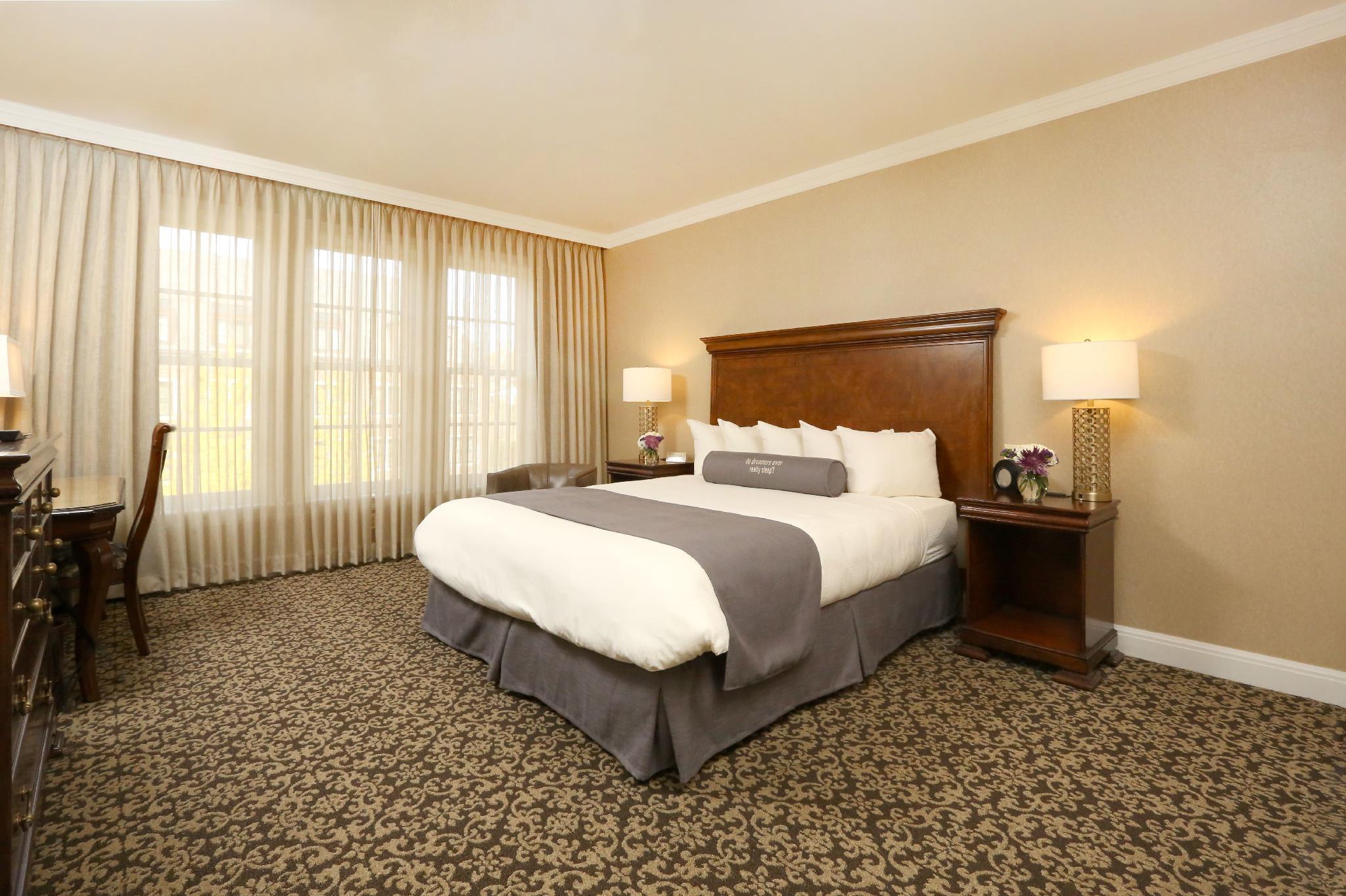 Royal Park Hotel Rochester Mi Booking Deals Photos Reviews
