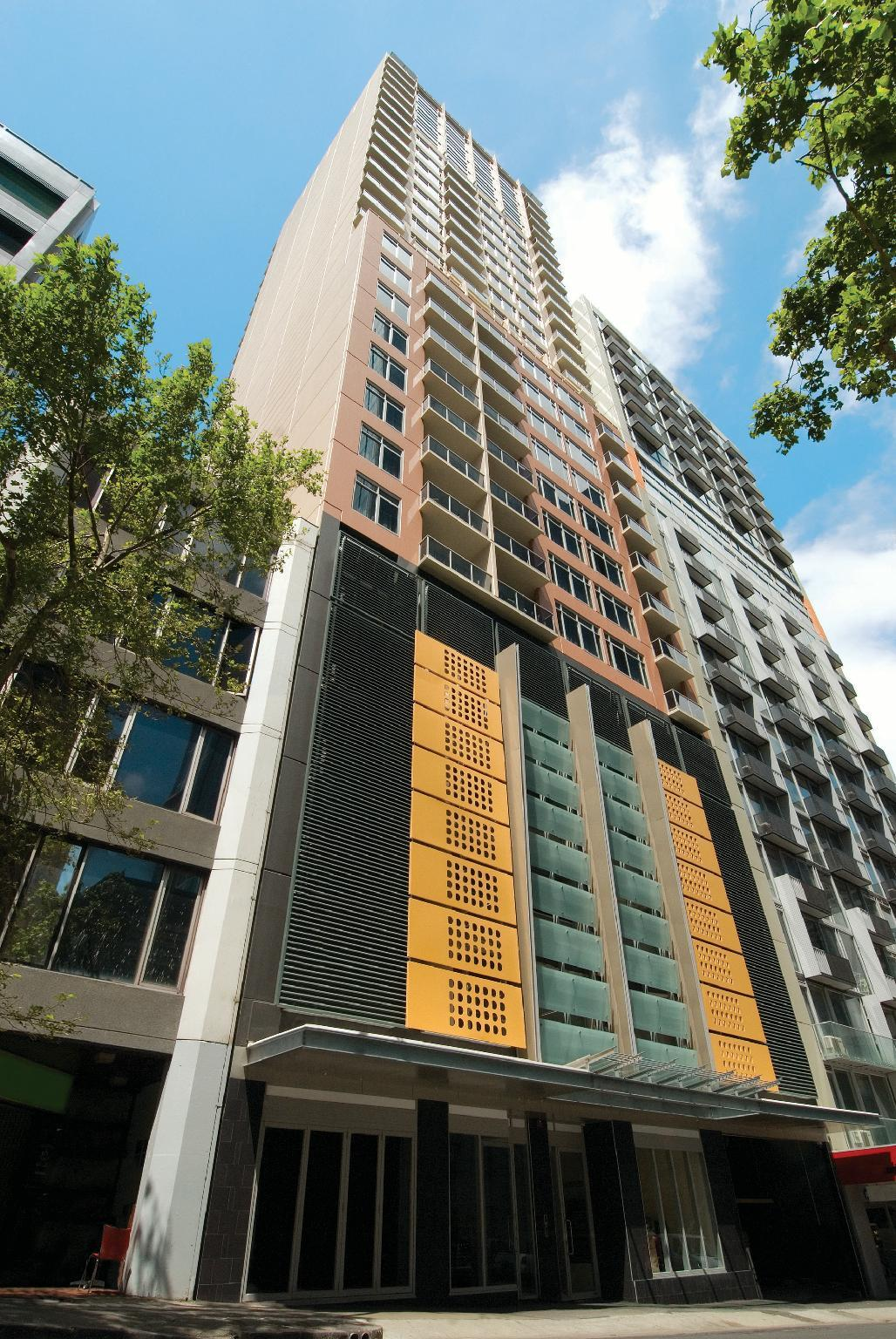 Best price on oaks on lonsdale apartments in melbourne reviews for Cost to clean 2 bedroom apartment