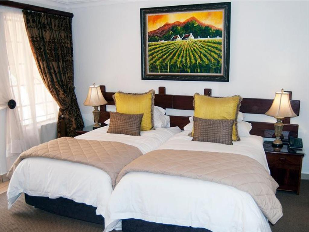 See all 6 photos Afrique Boutique Hotel O R Tambo Boksburg