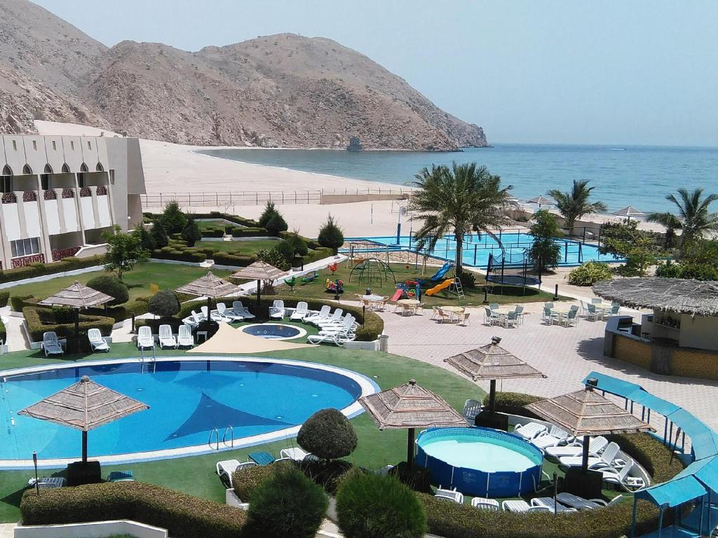 More about Golden Tulip Resort Dibba