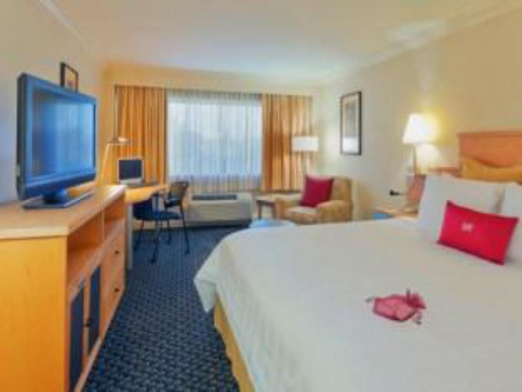 1 King Executive Non-Smoking - Guestroom Crowne Plaza Hotel Foster City-San Mateo