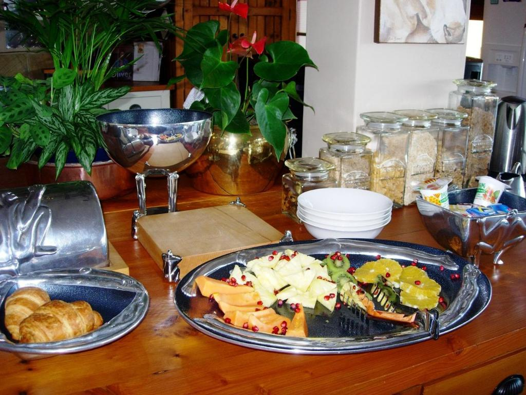 Buffet 18 on Kloof Guest House