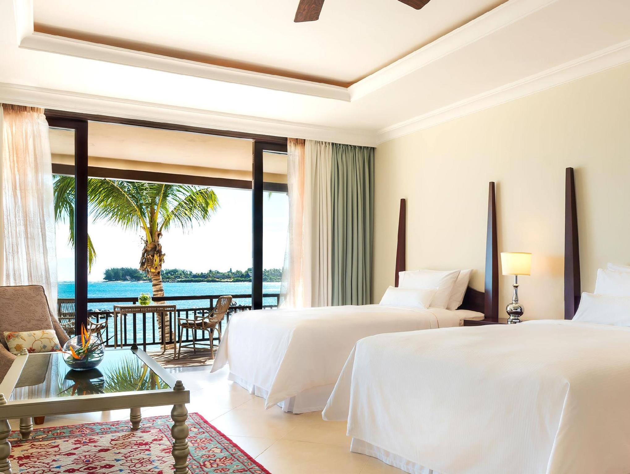 面海灘豪華房 (Beachfront Deluxe Room)