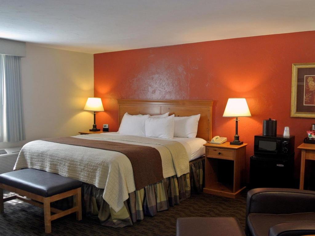 See all 33 photos Best Western Plus Cold Spring