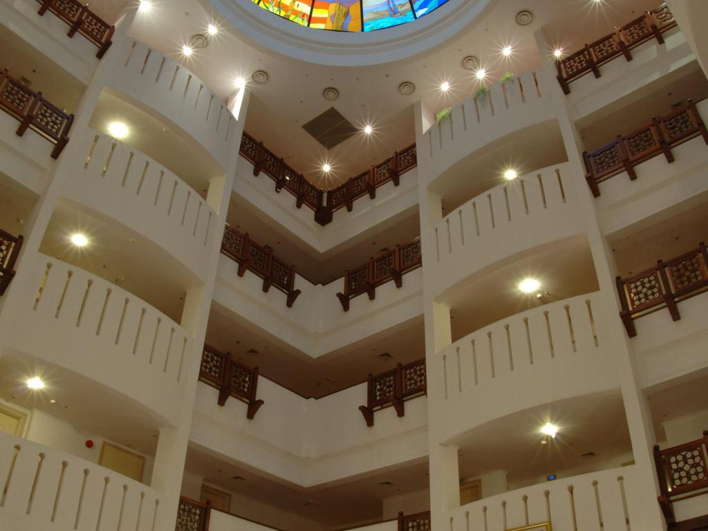 Interior view Sur Plaza Hotel
