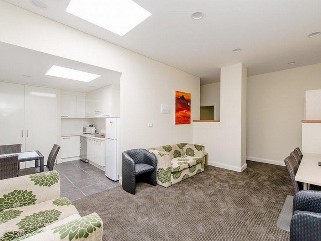 Interior view Belconnen Way Hotel & Serviced Apartments