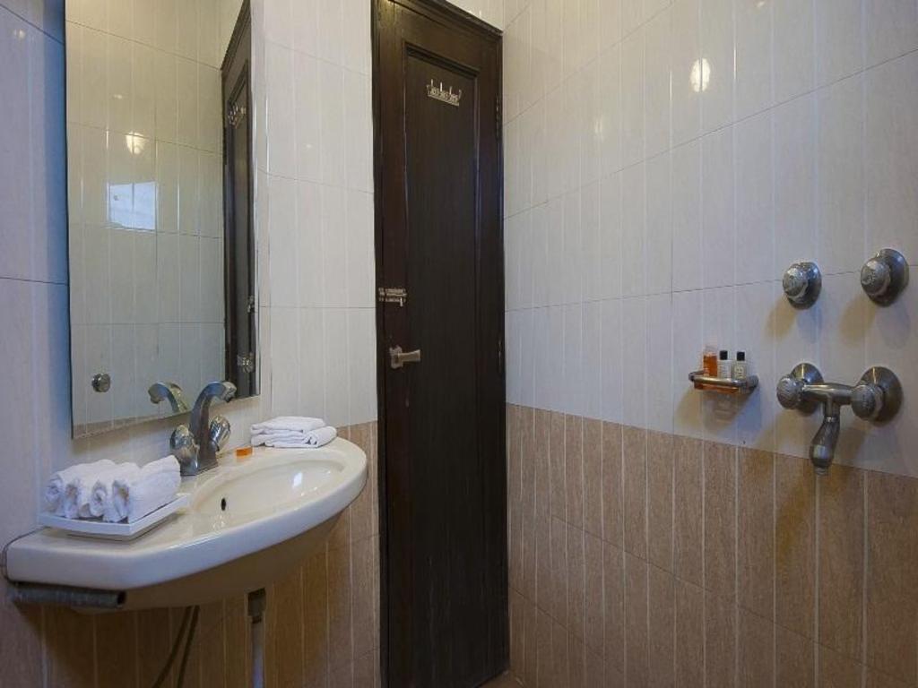 Img 3676 Picture Of Hotel Delhi City Centre New Tripadvisor