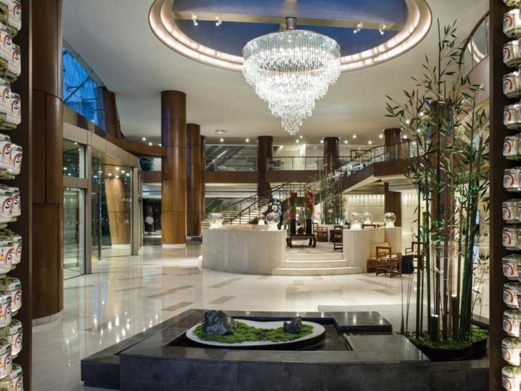 Lobby Grand Millennium Shanghai Hongqiao Lobby