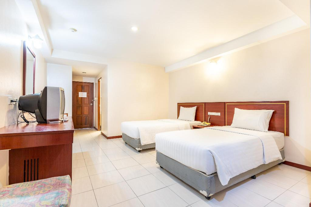1 Double Bed Nonsmoking Eastiny Place Hotel