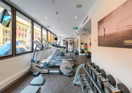 Fitness center DoubleTree by Hilton Hotel Melbourne -Flinders Street