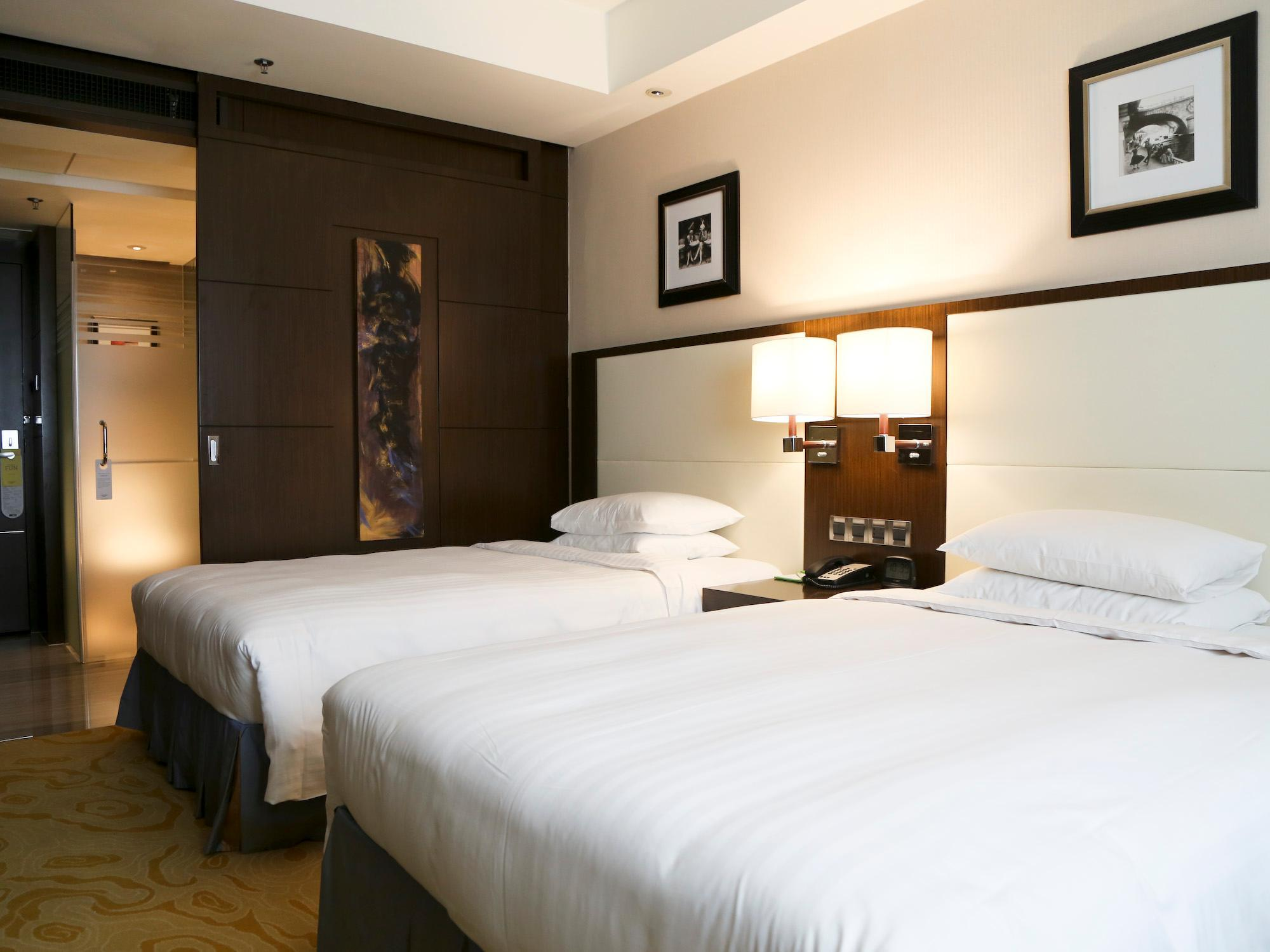 Premium Room, Guest room, 2 Twin/Single Bed(s), City view