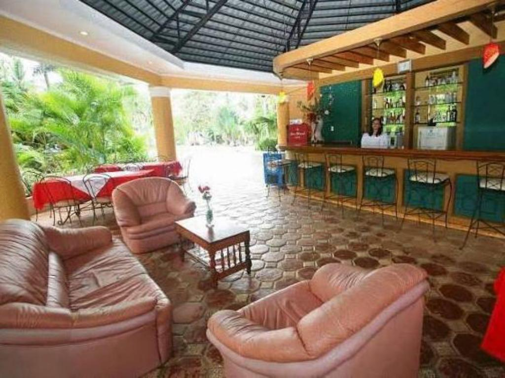 Interior view San Remigio Beach Club Hotel