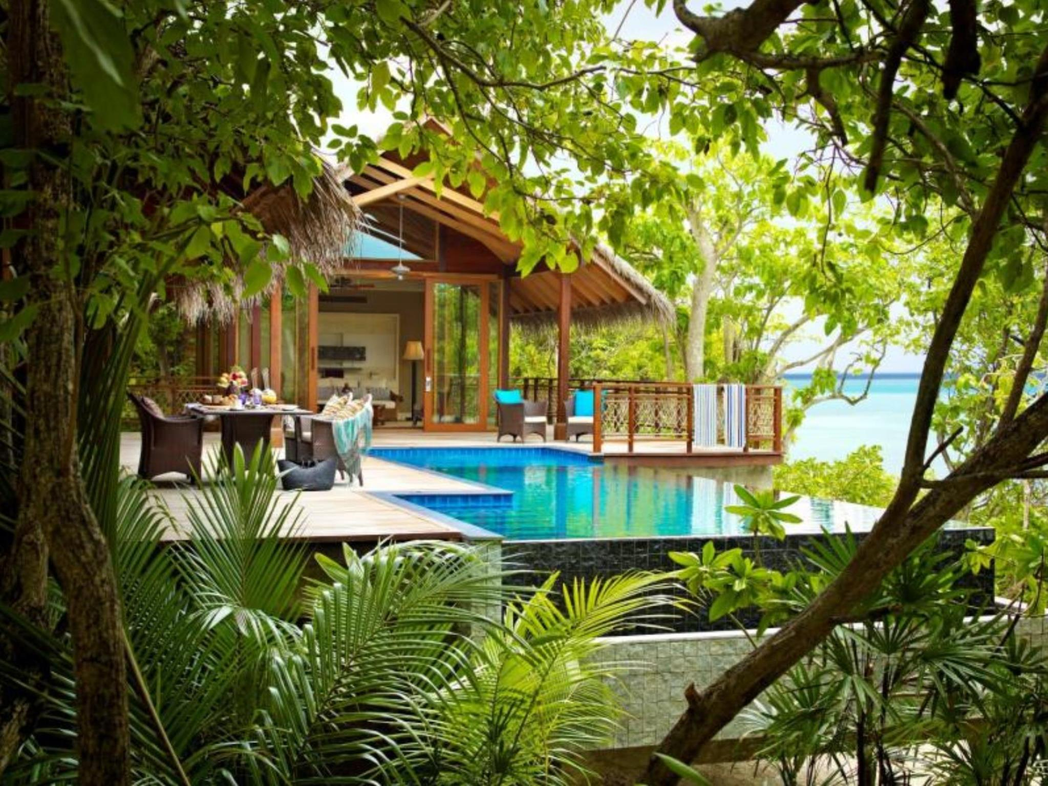 Tree House Villa with Pool