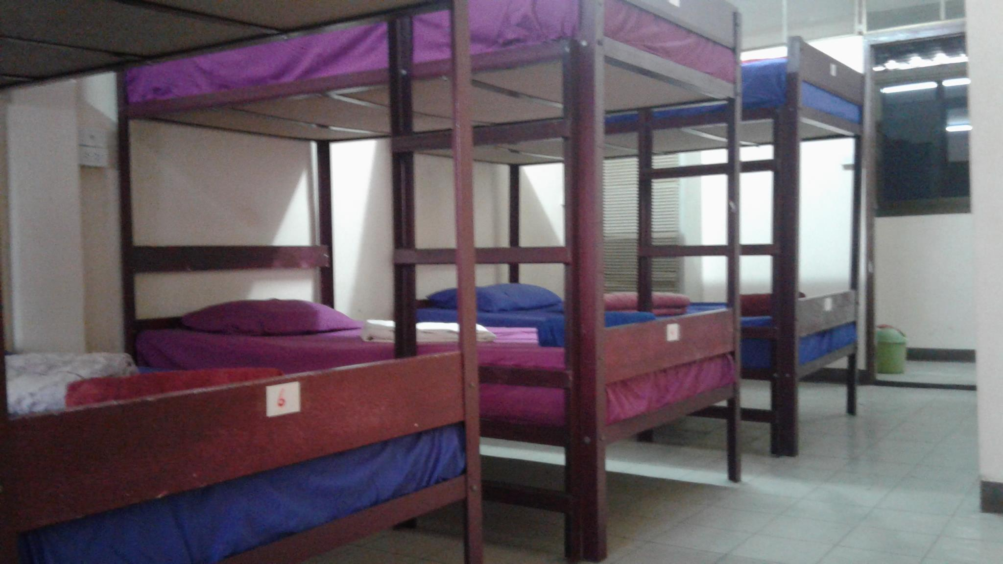 Dormitory (Good For 8)