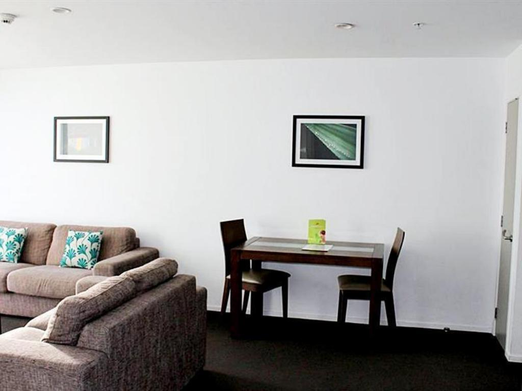 Interior view Barclay Suites Auckland City Hotel