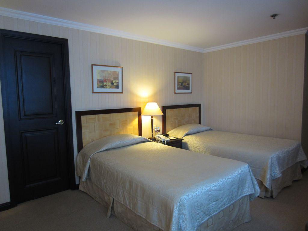 Superior Double or Twin Herald Suites Solana Hotel