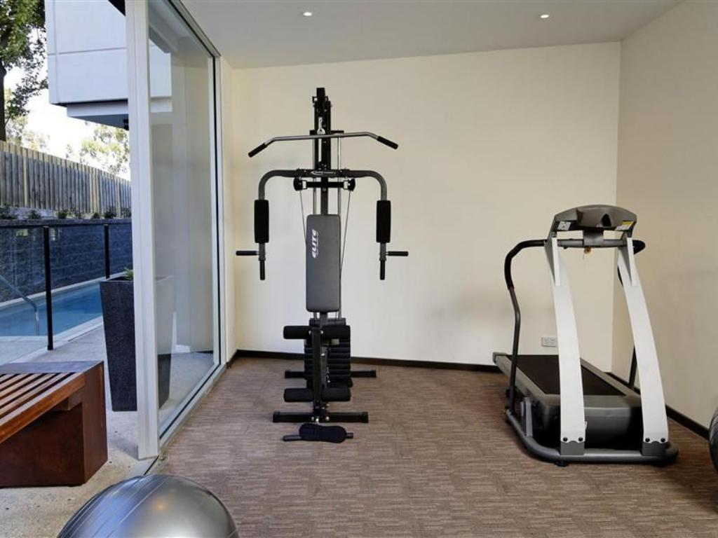 gym Punthill Apartment Hotels Knox