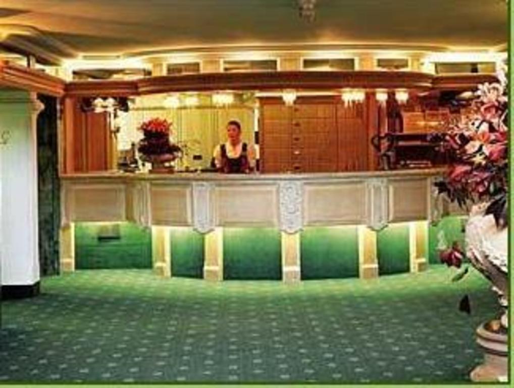 hotel traube tonbach in baiersbronn room deals photos reviews. Black Bedroom Furniture Sets. Home Design Ideas