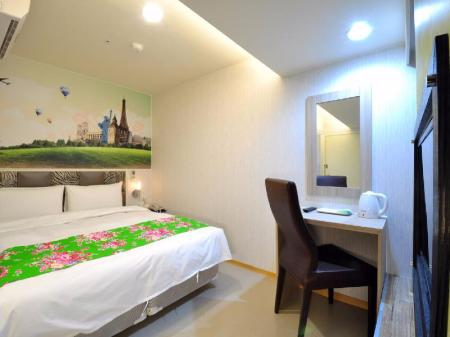 Double Room Lido Holiday Hotel