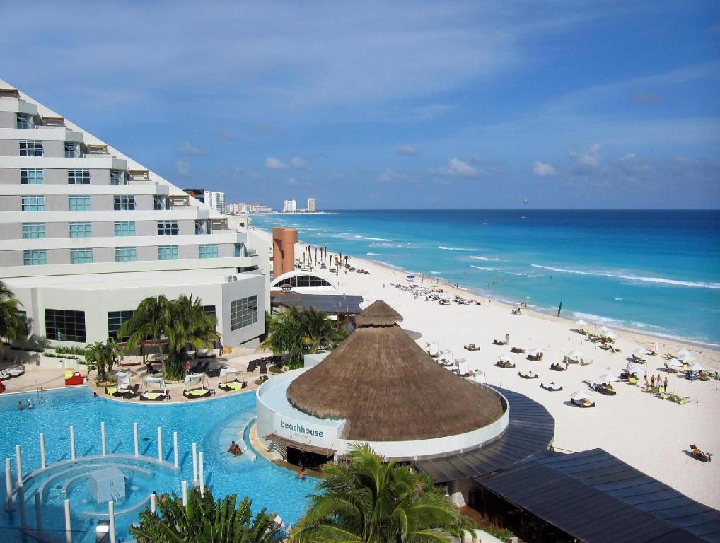 Me Hotel In Cancun Reviews