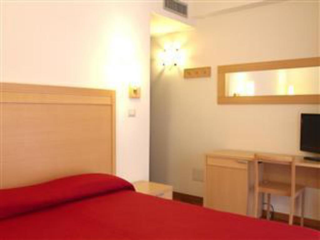Double for Single Use - Guestroom Hotel Catania Town