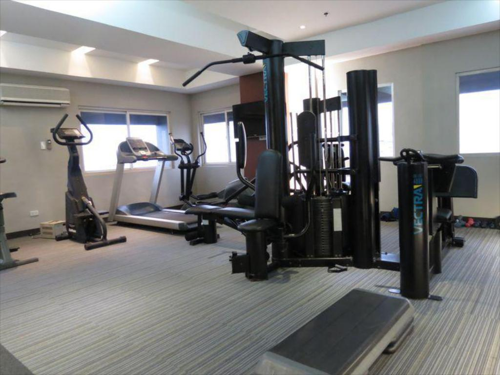 Fitness center Imperial Palace Suites Quezon City